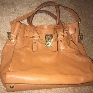 Michael Kors light tan purse!!